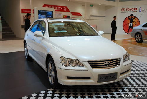 丰田 锐志 实拍 外观 中型车 22万元 首发车 图片