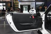 保时捷Boxster Spyder车…