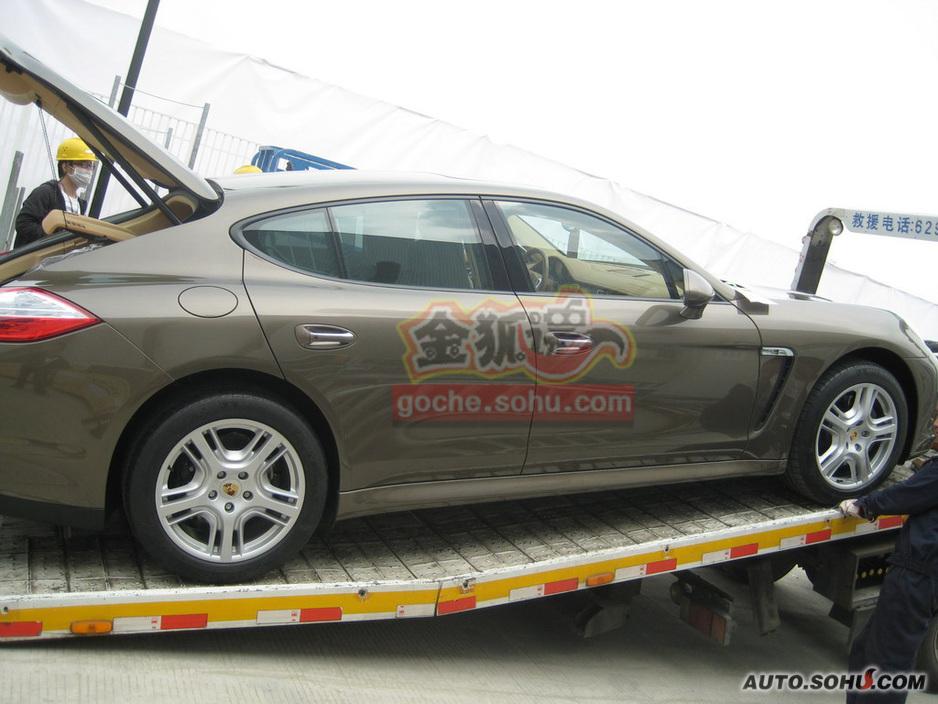 2010北京车展保时捷panamera4探营抢先实拍 2010北京车高清图片