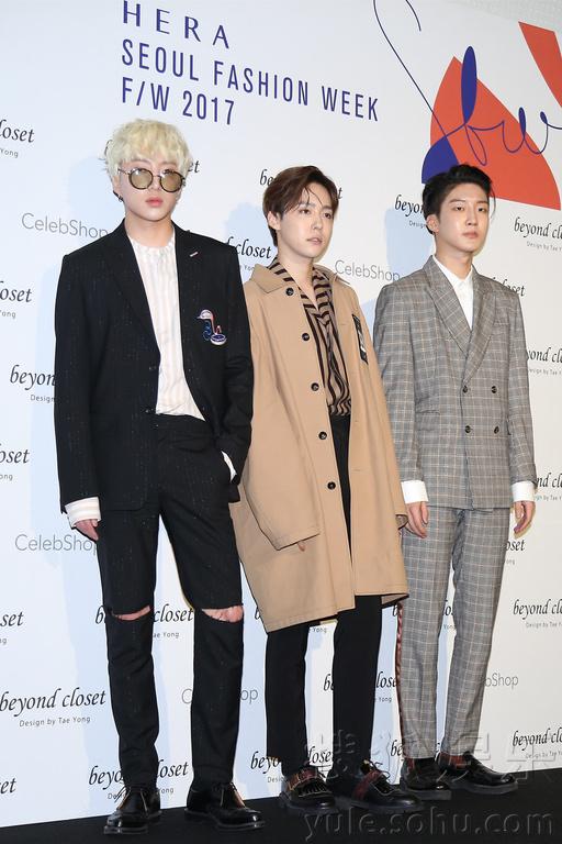 ...,SHINee成员Key,f(x)成员Luna,B1A4成员郑振永,WINNER成员姜昇...