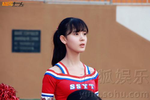生代小花陈瑶与胡歌、江疏影等联袂演绎的校园足球竞技的青春励志