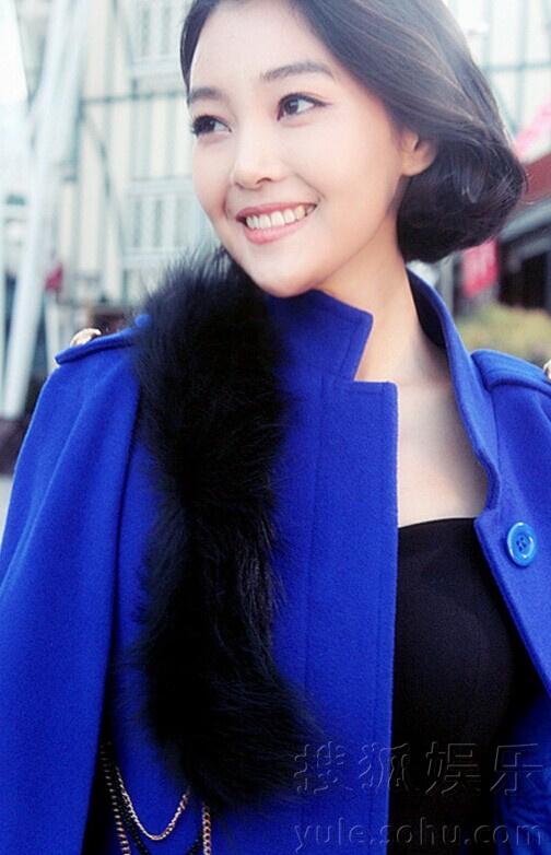 郭艳爆时尚写真大片 招牌式微笑阳光暖心7391