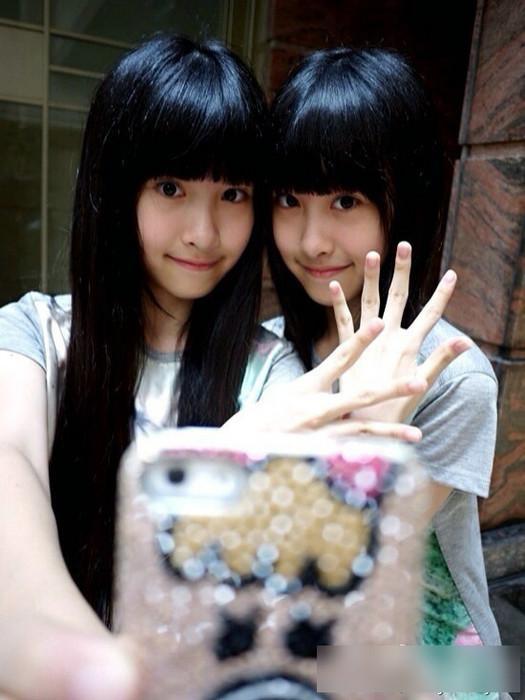 台湾双胞胎姐妹花初长成 萌照大赏