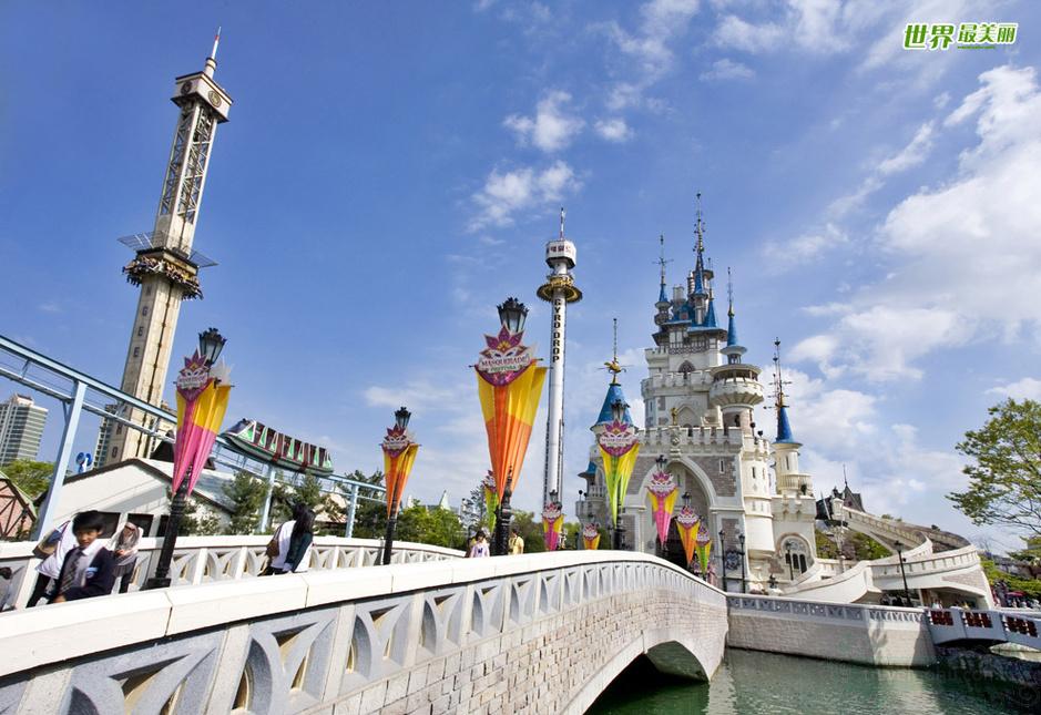 魔幻岛 韩国最有名的主题乐园-乐天世界是一个充满