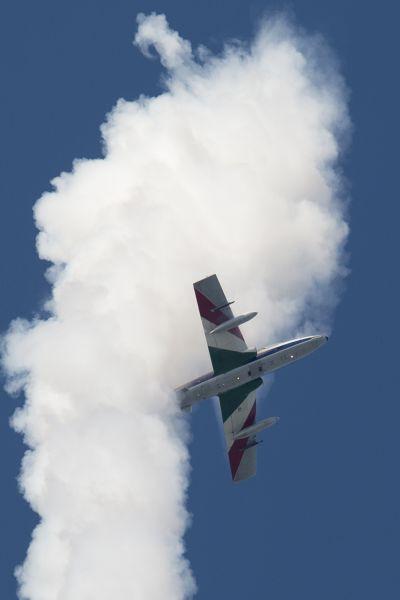 意大利三色箭飞行表演队惊艳亮相