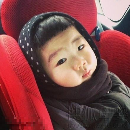 韩国粉嫩小萝莉pk小眼正太6577431-母婴图片库-大视野