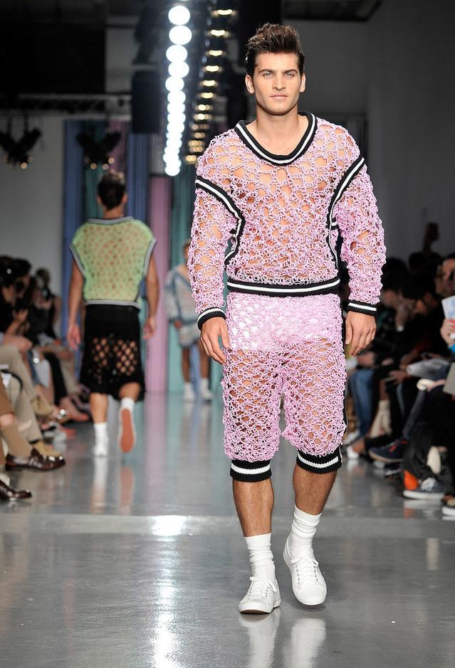 奇葩男装 看服装设计师的怪异灵感图片