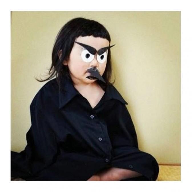 """近日在instagram上爆红的齐刘海女孩,被网友誉为为""""表情女帝大人"""",她图片"""