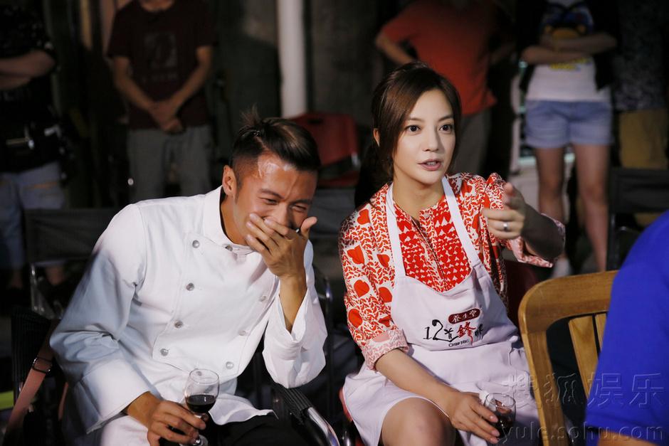 谢霆锋《虎妈猫爸》厨艺赞 赵薇佟大为互曝床