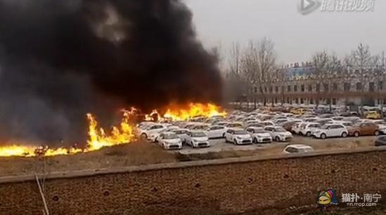郑州停车场大火起因_郑州停车场失火含30辆凯迪拉克 损失超1千多万