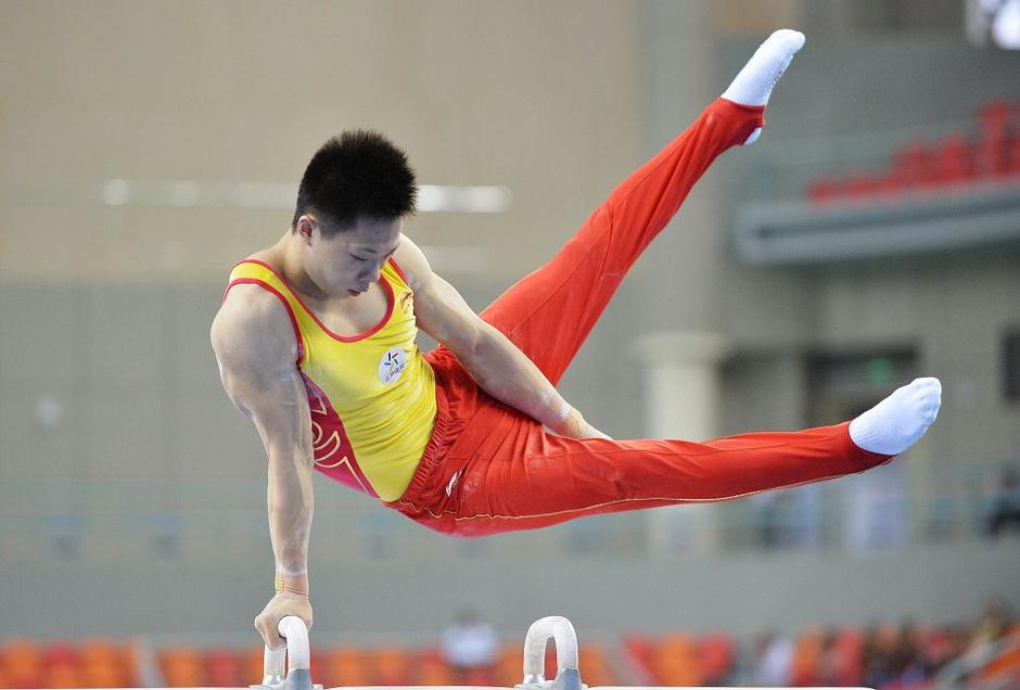 高清:全国体操锦标赛开赛 郭伟阳动作潇洒利落