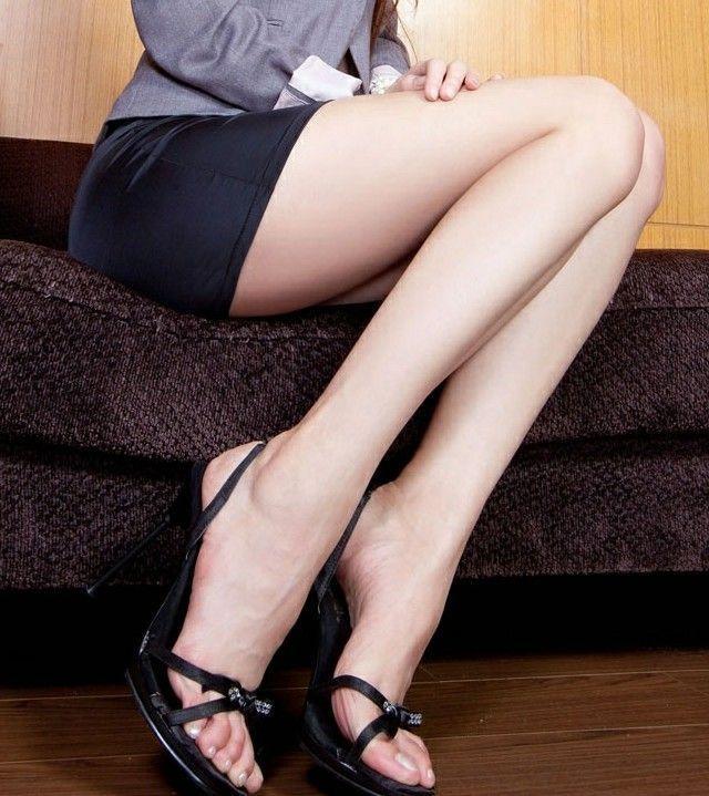 黑丝袜教师风骚_美女家教着销魂黑丝 盘点性感狂野女教师们     如今,黑丝袜