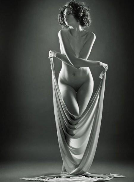 张力十足的黑白人体艺术5615863-男人
