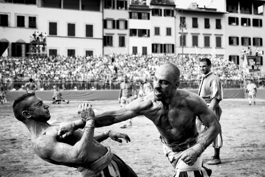 格斗VS足球:佛罗伦萨古典足球 传承角斗士之魂
