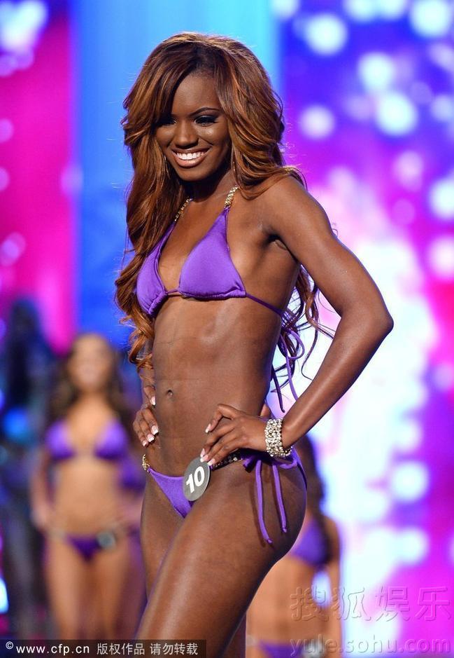 玛丽萨国际泳装选美大赛折桂 穿比基尼大秀性感