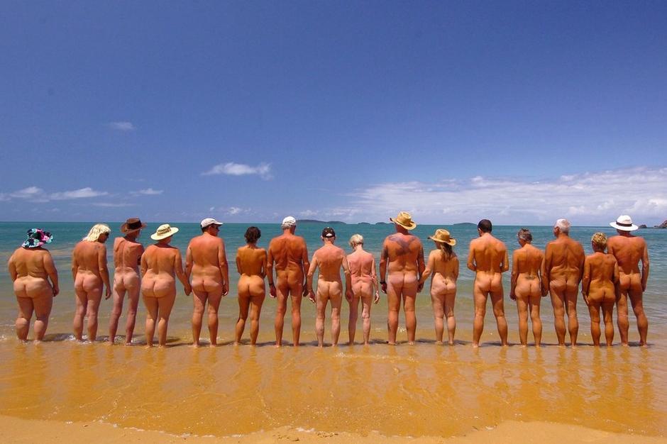 【转载】 夏日福利喷血诱惑 遍赏全球天体海滩 - ypztwk - ypztwk原创风格