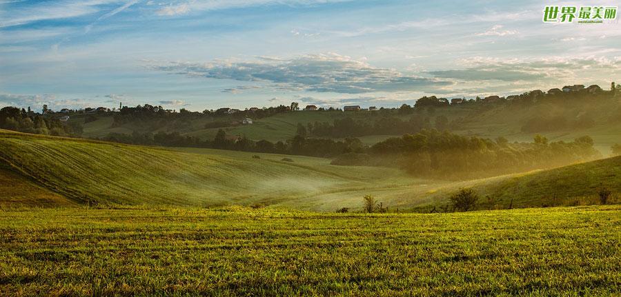 薄雾飘过田野 美轮美奂的欧式田园风光