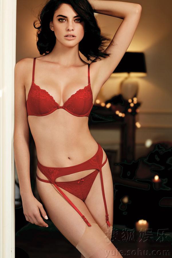 嫩模美乳展阴人体_西班牙嫩模阿隆索蕾丝秀美乳 翘臀展s曲线