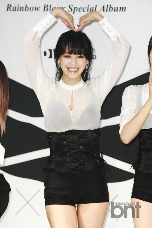 w小分队BLAXX回归showcase 大秀性感舞蹈6