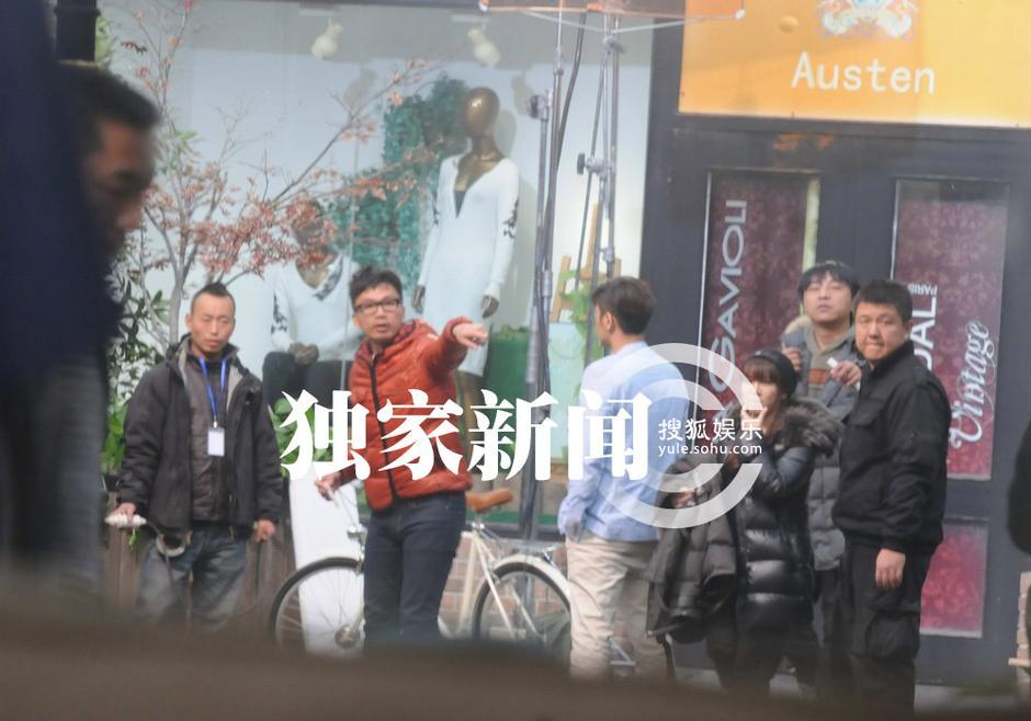 罗志祥/近日,记者在某著名景点看见angelababy和罗志祥正在拍摄广告,...