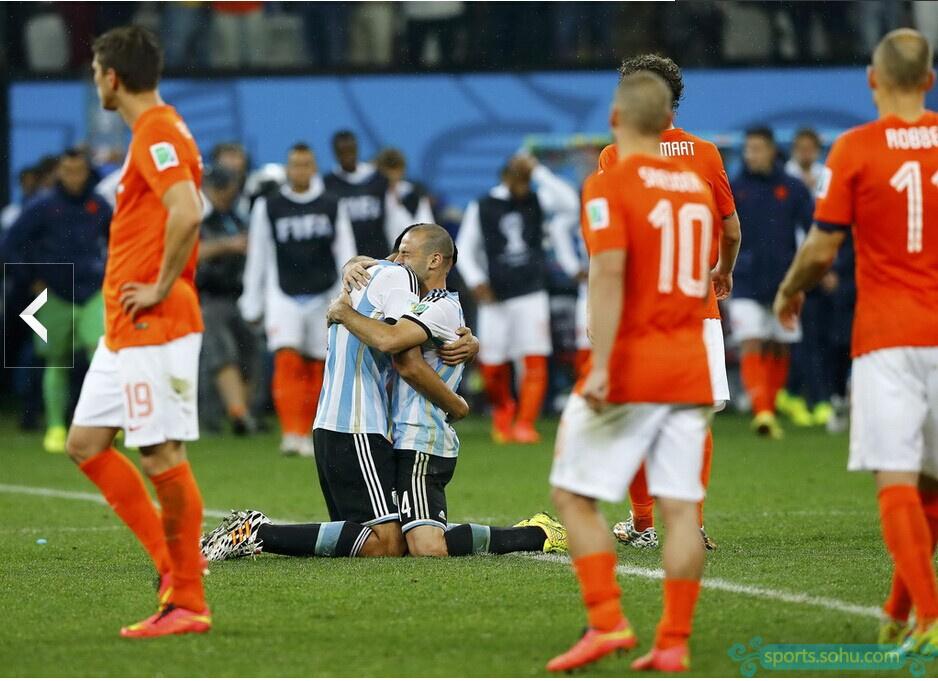 2014世界杯精彩进球_世界杯午报:阿根廷24年后再入决赛 总理谈德国-2014世界杯