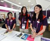 新华社照片,伦敦,2012年7月21日     (伦敦奥运会)中国志愿者在伦敦奥运会      ...