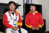 2012伦敦奥运会女子网球比赛结束后,搜狐体育在伦敦中国国家网球队驻地对中国国家女子网球队主教练鲁凌...