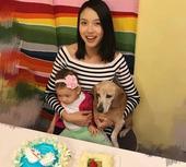 世界小姐张梓琳工作时拍摄绝美大片结束后与女儿宠物温情相拥。