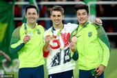 北京时间2016年8月14日,里约奥运会男子自由体操决赛,英国选手维特洛克夺冠,巴西选手包揽银铜牌。