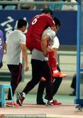 北京时间5月31日20点,亚冠淘汰赛次回合的一场焦点战,江苏FC回到主场迎战上海上港。第10分钟,蔡...