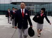 2012年7月17日朝鲜代表团乘坐飞机从平壤机场起飞奔赴伦敦。伦敦奥运会朝鲜将有51名运动员参加马拉...