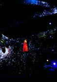 搜狐娱乐讯(刘方纯/图文) 昨日,文艺女神陈绮贞亮相上海奔驰文化中心召开个人演唱会。现场,陈老师将《...