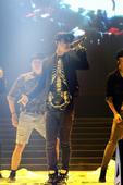 4月18日,第十七届全球华语榜中榜颁奖盛典将于澳门威尼斯人剧场隆重举行,天娱传媒旗下歌手魏晨与众多两...
