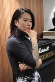 """搜狐娱乐讯 近期,随着李荣浩""""踢馆""""我是歌手铩羽而归,第二位""""踢馆""""歌手的人选备受期待。昨日,摇滚女..."""