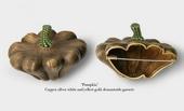 设计师阿雷以蔬菜为造型设计了一系列珠宝胸针,非常可爱,一口咬下去和金牙碰得biangbiang响啊。...