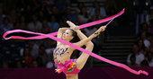 北京时间2012年8月10日,伦敦奥运会艺术体操个人全能预赛,邓森悦出战。