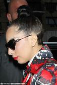 2014年11月27日讯,纽约,当地时间11月26日,Lady Gaga现身街头。Lady...