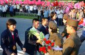 当地时间2012年8月16日,朝鲜代表团凯旋平壤,受到英雄般接待。