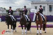 北京时间2012年8月7日,2012年伦敦奥运会马术团体盛装舞步特别大奖赛,英国队夺冠。更多奥运视频...