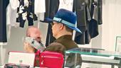 搜狐娱乐讯 据头条日报报道,50岁的苏永康(阿公)今年3月20日荣升人父,其任职某知名品牌亚太区总裁...