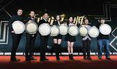 搜狐娱乐讯(马嫚丽/文)春节档还没有开始,明年贺岁档的电影开始打响宣传。1月15日,王晶执导的还在拍...