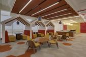 111484平方米新总部的设计是由 DWP Interics完成,位于印度的纳孟买,因为这个成功的办...
