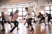 近日,李克勤为9月即将举行的《李克勤庆祝成立30周年演唱会》进行排舞,为了能让演唱会能有更完美的视觉...