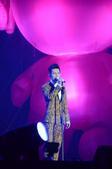 第七届中国移动无线音乐盛典咪咕汇现场组图:陈楚生演唱《醉+鱼乐圈》