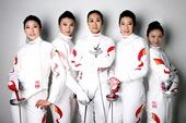 近日,搜狐体育记者独家拍摄中国击剑女队写真,女剑客各个英气逼人,纯情写真也是美丽迷人。(摄影/搜狐体...
