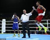 北京时间8月22日,2016年里约奥运会男子拳击蝇量级决赛如期进行,乌兹别克斯坦选手佐伊洛夫击败了俄...