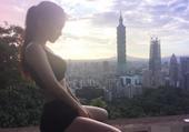 台湾软妹性感健身私照 蜂腰翘臀大秀逆天好身材