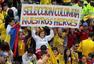 哥伦比亚震撼一幕 十万人上街迎国家队回国(图)