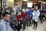 北控举办公益活动 两球员进社区与居民互动(图)