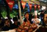 法国大使馆国庆庆典仪式 巨型蛋糕引关注
